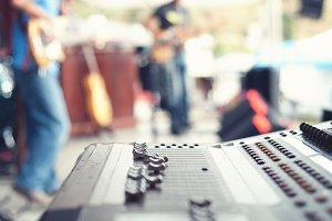 Monitor Mix