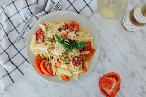 Pasta with salami and tomatoes