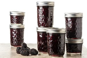 Homemdae blackberry jam