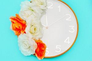 Clock Art Minimal Style Design