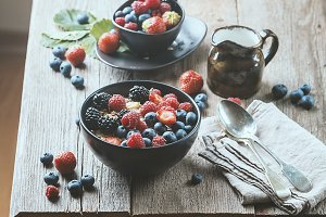 homemade oatmeal with berries