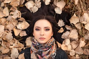 Autumn woman portait