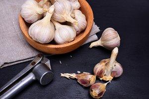 Fresh garlic in the husk