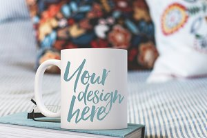 Pretty Mug Mock-up