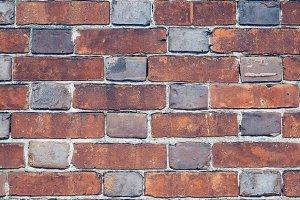 Alternating Brick Size/Color Pattern