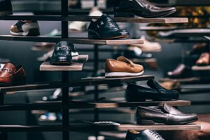 Men Shoe Display