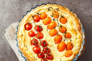 tart with tomatoes and sheep cheese