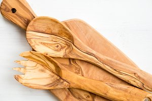 Kitchen Utensils from Olive Wood, such as Chopping Board and Sal