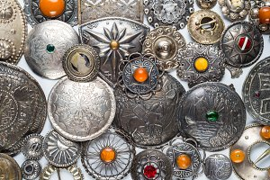 Lot of antique ethnic brooches
