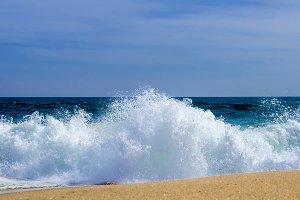 NEWPORT BEACH CALIFORNIA WAVES