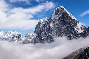 Cholatse peak, Himalaya