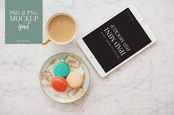 IPad Mockup Macarons Coffee Cup