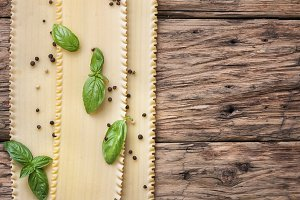 Uncooked lasagna pasta