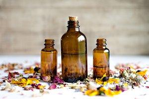 Essential Herbs 24