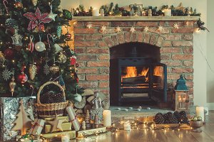 Christmas setting fireplace, furtree