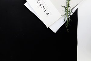 SALE KINFOLK | Dark Blog Header