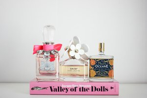 Perfumes On Book