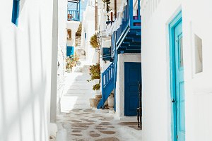 Greece alleyway 3