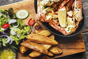 Shrimps with french fries