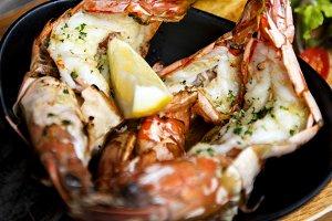 Grilled Shrimps with lemon