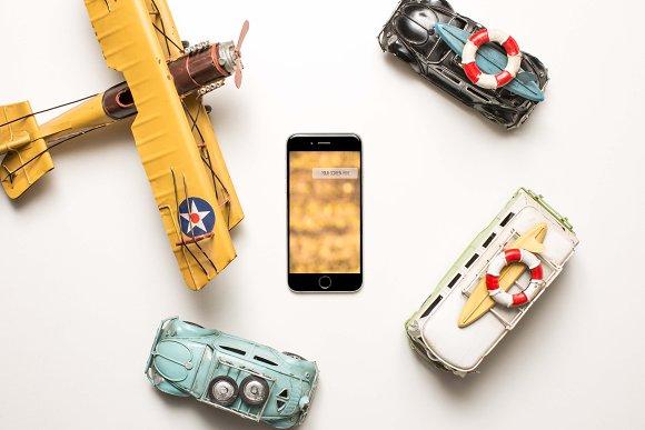 IPhone Traveler Mockup
