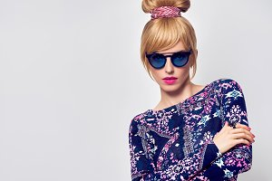 Blond in Glamour Sunglasses