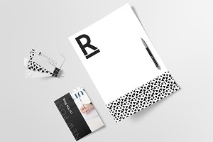 Logo & Brand Kit - Romantica
