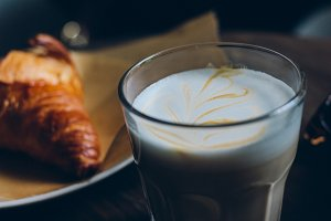 Latte with croissant