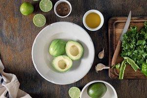 Preparation Mexican guacamole sauce