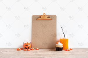 Halloween clipboard mockup / 3 sizes