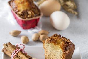 Homemade cinnamon cake