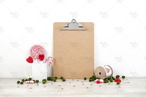 Christmas clipboard mockup / 3 sizes