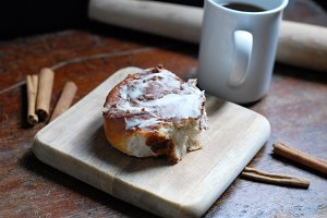 Cinnamon Bun & Coffee