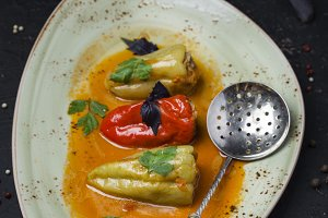 sweet pepper stuffed with meat