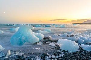 Icebergs in Jokulsarlon black beach