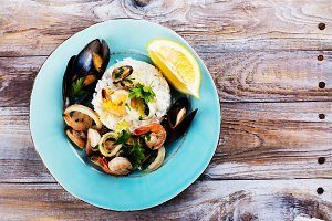 Seafood saute portion