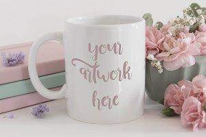 Mug mockup - pink carnations