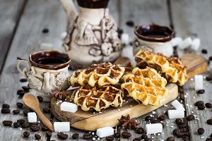 Waffers with coffee