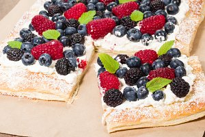 Berry tart pastry with cream