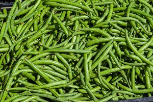Green beans at the farmers market