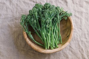 Wild broccoli in bowl