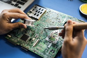 Electronic technician workshop