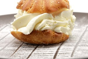 Fresh Cream Puff