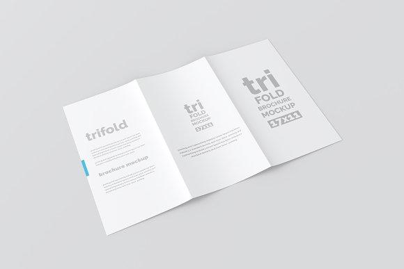 17x11 trifold brochure mockup product mockups creative market