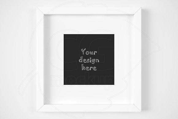 Download Modern white matted frame mockup