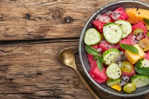 detox salad with watermelon