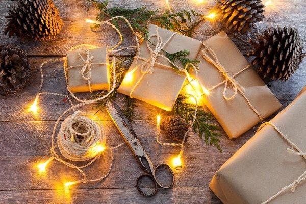 Christmas gifts packs