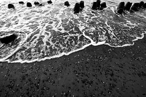 Waves in black and white.
