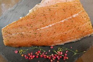Marinated salmon with dill