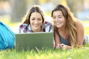 Students watching content on line